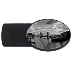 River Thames Waterfall 4gb Usb Flash Drive (oval) by Londonimages