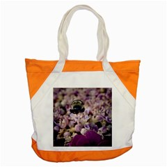Flying Bumble Bee Snap Tote Bag
