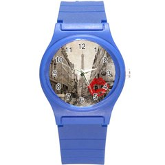 Elegant Red Kiss Love Paris Eiffel Tower Plastic Sport Watch (small)