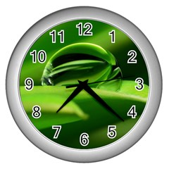 Waterdrop Wall Clock (silver) by Siebenhuehner
