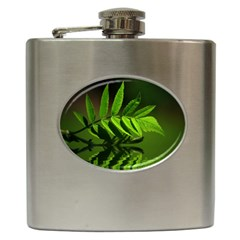 Leaf Hip Flask by Siebenhuehner