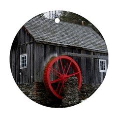 Vermont Christmas Barn Round Ornament