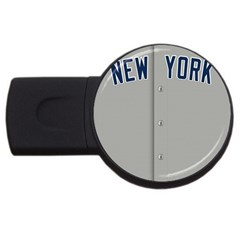 New York Yankees Jersey Case 2gb Usb Flash Drive (round)