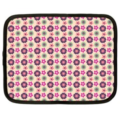 Cute Floral Pattern Netbook Sleeve (xxl) by creativemom