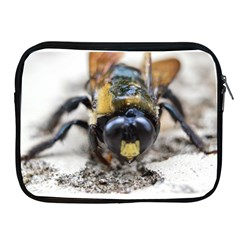 Bumble Bee 2 Apple Ipad 2/3/4 Zipper Cases by timelessartoncanvas