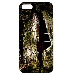 A Deeper Look Apple iPhone 5 Hardshell Case with Stand