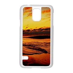 Stunning Sunset On The Beach 2 Samsung Galaxy S5 Case (white) by MoreColorsinLife
