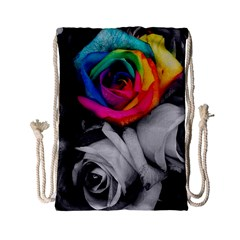 Blach,white Splash Roses Drawstring Bag (small) by MoreColorsinLife