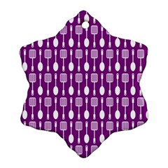 Magenta Spatula Spoon Pattern Snowflake Ornament (2 Side) by creativemom
