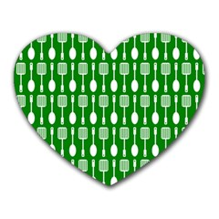 Green And White Kitchen Utensils Pattern Heart Mousepads