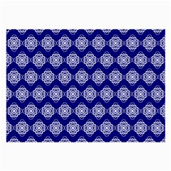 Abstract Knot Geometric Tile Pattern Large Glasses Cloth