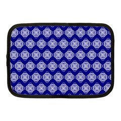Abstract Knot Geometric Tile Pattern Netbook Case (Medium)