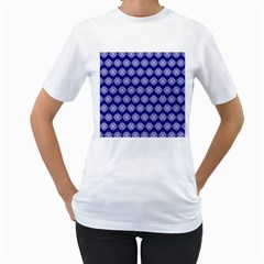 Abstract Knot Geometric Tile Pattern Women s T-Shirt (White)