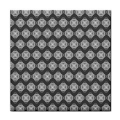 Abstract Knot Geometric Tile Pattern Face Towel