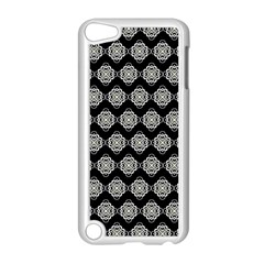 Abstract Knot Geometric Tile Pattern Apple Ipod Touch 5 Case (white) by creativemom
