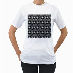 Black And White Gerbera Daisy Vector Tile Pattern Women s T Shirt (white) (two Sided)