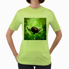 Beautiful Seaturtle With Bubbles Women s Green T-Shirt