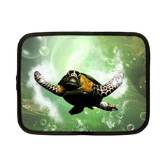 Beautiful Seaturtle With Bubbles Netbook Case (Small)