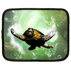 Beautiful Seaturtle With Bubbles Netbook Case (Large)