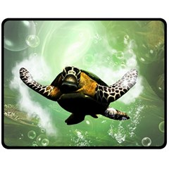 Beautiful Seaturtle With Bubbles Fleece Blanket (Medium)
