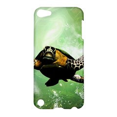 Beautiful Seaturtle With Bubbles Apple iPod Touch 5 Hardshell Case