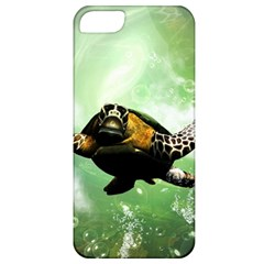Beautiful Seaturtle With Bubbles Apple iPhone 5 Classic Hardshell Case