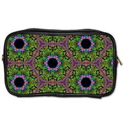 Repeated Geometric Circle Kaleidoscope Toiletries Bags