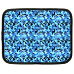 Turquoise Blue Abstract Flower Pattern Netbook Case (XXL)  Front