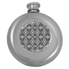 Black White Diamond Pattern Round Hip Flask (5 Oz) by Costasonlineshop