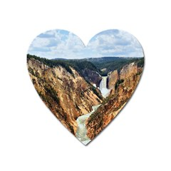 Yellowstone Gc Heart Magnet by trendistuff