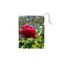 Red Rose 1 Drawstring Pouches (xs)  by trendistuff