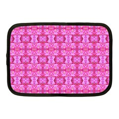Pretty Pink Flower Pattern Netbook Case (Medium)