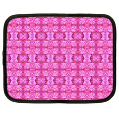 Pretty Pink Flower Pattern Netbook Case (XL)