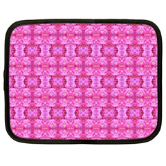 Pretty Pink Flower Pattern Netbook Case (XXL)
