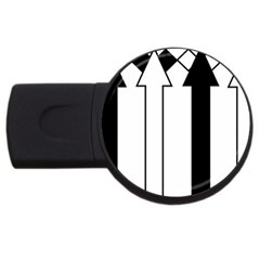 Funny Black and White Stripes Diamonds Arrows USB Flash Drive Round (2 GB)