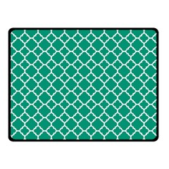 Emerald Green Quatrefoil Pattern Fleece Blanket (small)