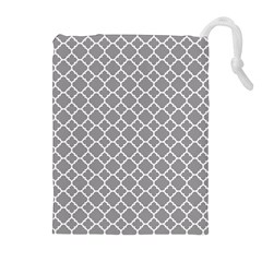 Grey Quatrefoil Pattern Drawstring Pouch (xl) by Zandiepants