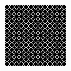 Black & White Quatrefoil Pattern Medium Glasses Cloth