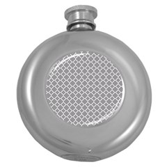 Grey Quatrefoil Pattern Hip Flask (5 Oz) by Zandiepants