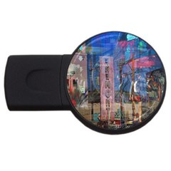 Las Vegas Strip Walking Tour Usb Flash Drive Round (2 Gb)  by CrypticFragmentsDesign