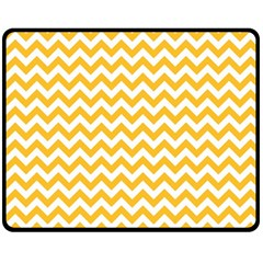 Sunny Yellow & White Zigzag Pattern Fleece Blanket (medium)