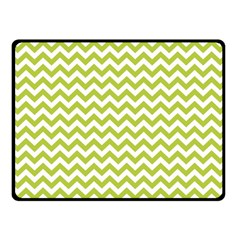 Spring Green & White Zigzag Pattern Double Sided Fleece Blanket (small)
