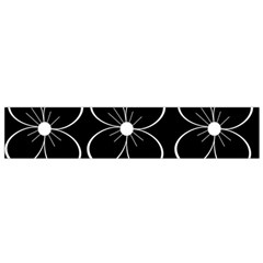 Black And White Floral Pattern Flano Scarf (small) by Valentinaart