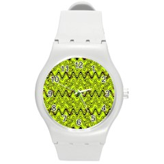 Yellow Wavey Squiggles Round Plastic Sport Watch (m) by BrightVibesDesign