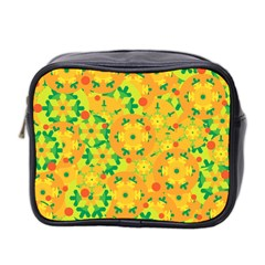 Christmas Decor   Yellow Mini Toiletries Bag 2 Side