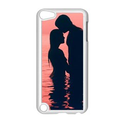 Couple In Love Beach Apple Ipod Touch 5 Case (white)
