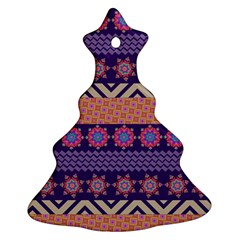 Colorful Winter Pattern Ornament (Christmas Tree)