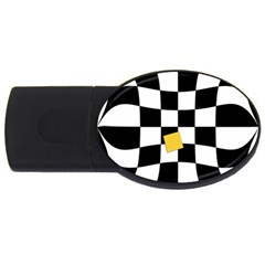 Dropout Yellow Black And White Distorted Check Usb Flash Drive Oval (4 Gb)  by designworld65