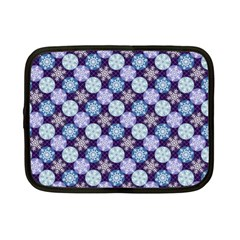 Snowflakes Pattern Netbook Case (Small)