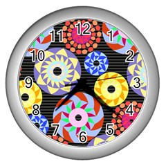 Colorful Retro Circular Pattern Wall Clocks (silver)